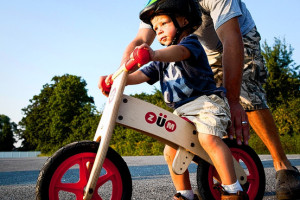 teach a kid to balance bike